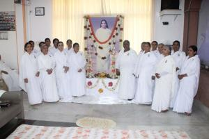 Laxmi Behan with teachers remembering  to the Mamma