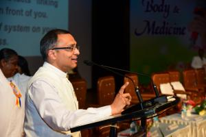 5.Dr. BK Mohit Gupta gave a presentation on 'Revealing the Secrets of Mind'