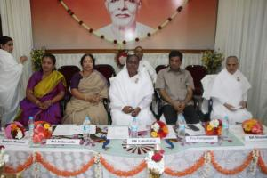 3. L-R= Manjula Manasa, Prof. Indumati, BK Laxmi Behnji, Prof. K.S. Rangappa, BK Sharada Behn, BK Ranganth Brother on Stage